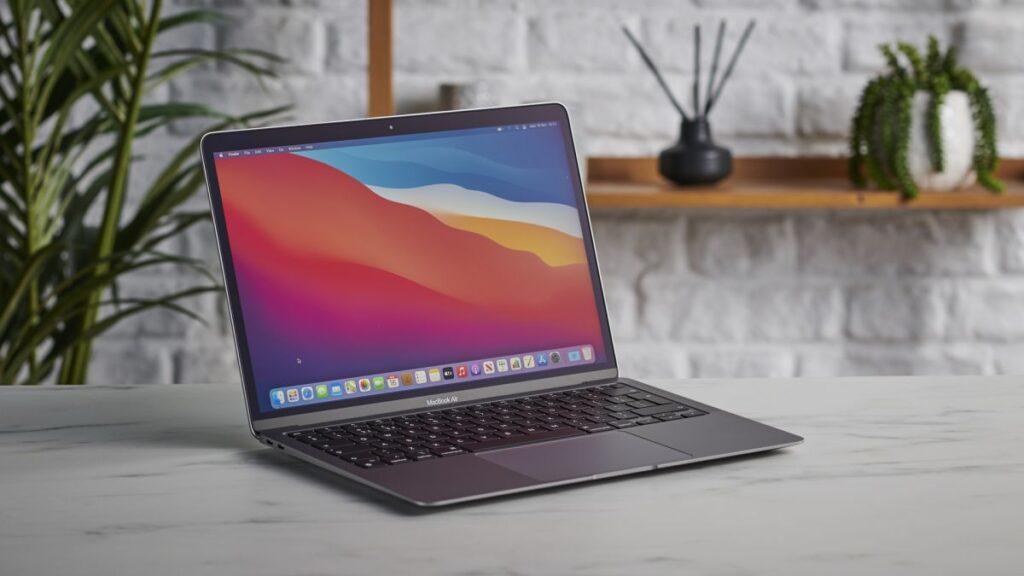 Apple MacBook Air (M1, 2020) review